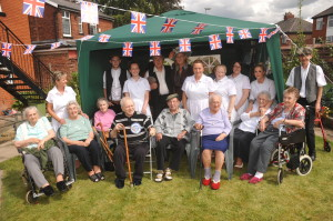 staff, residents & owners enjoying the WW1 commemoration event